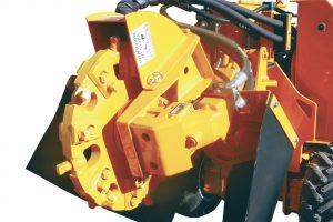 100 % hydraulique. Fiabilité accrue et coût d'entretien réduit. Dents carbure robustes faciles à changer.